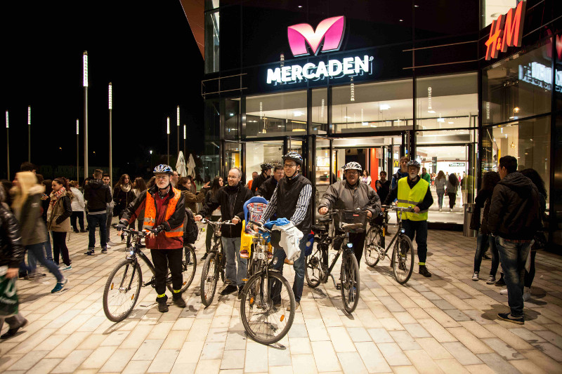 CM 31Okt2014 Mercaden Fahrradstellplatzsuche 1-klein