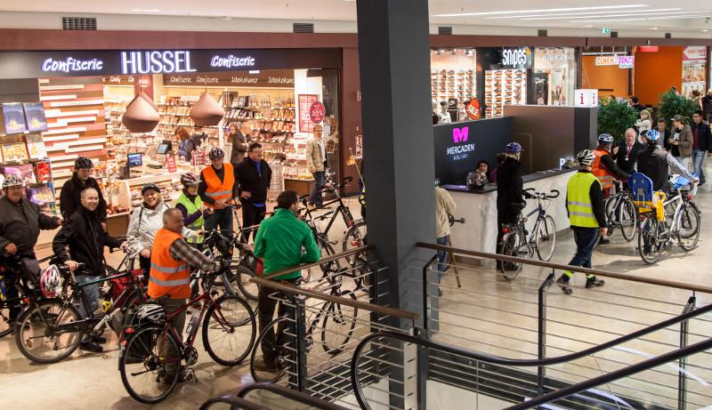 CM 31Okt2014 Mercaden Fahrradstellplatzsuche 5-klein