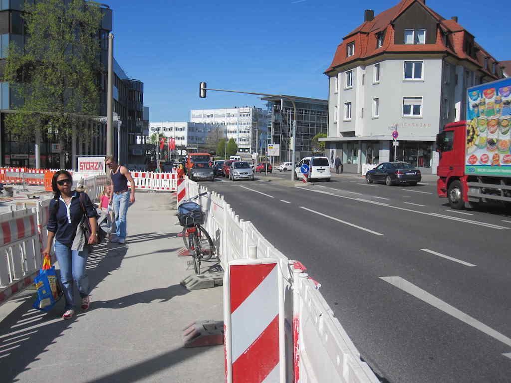 Elbenplatz Umbau April 2015 a